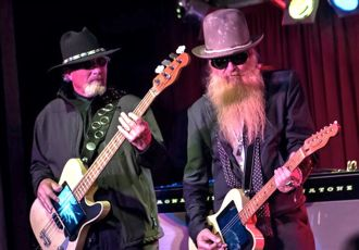 billy gibbons with moving sidewalks