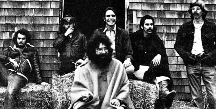 Grateful Dead with Jerry Garcia, center