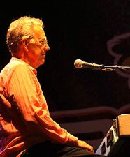 Ray Manzarek on keyboards