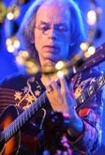 Guitarist Steve Howe will lead Yes at U.S. rock festival